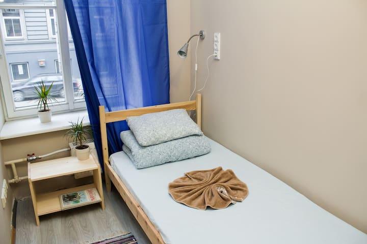 Single room near the Station - Vilna - Bed & Breakfast