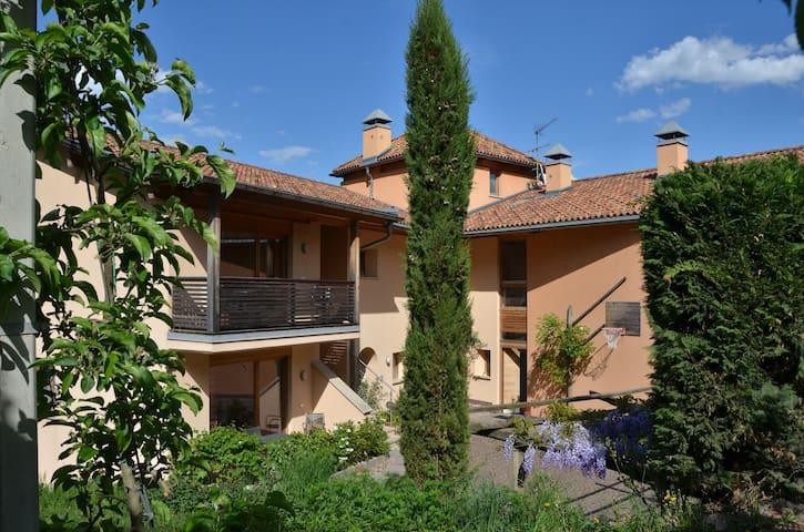 Wohnung Schloss-Hof 1 - Eppan - Condominium