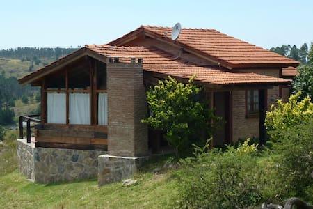 EcoCabaña Los Molles Lodge - Yacanto de Calamuchita