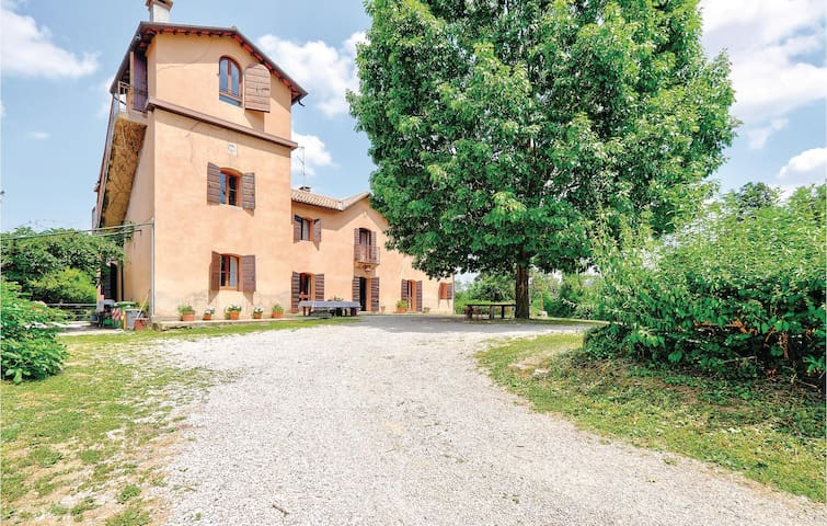 Holiday cottage with 4 bedrooms on 380m² in Torreglia PD