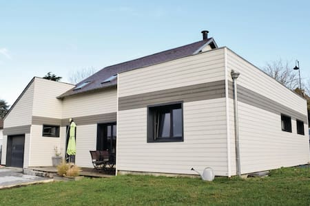 Holiday cottage with 3 bedrooms on 154m² in Pacy sur eure