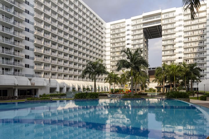 Cozy Low cost staycation near MOA,OKADA,SOLAIRE