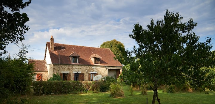 La maison à Vanlay, your home away from home