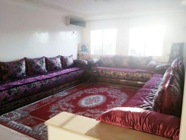 Great Deal-Center of Kenitra-4 rooms-Fits 9 ppl - Kenitra - Apartment