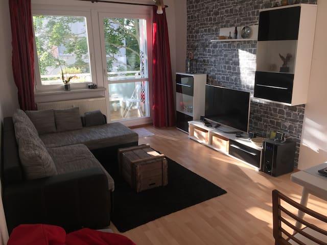 Modernes Appartement an der Elbe