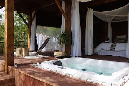 Cabane Le Lodge et son spa dans le sud Gironde - Origne