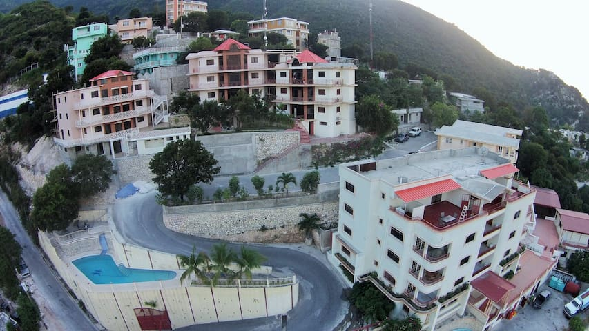 Scenic view from luxury apartments - Port-au-Prince - Appartement