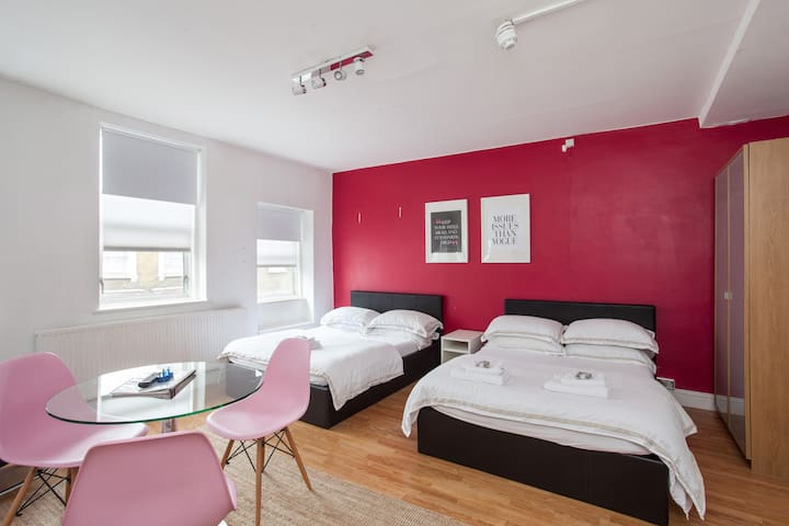 Soho & Covent Garden Apartment - 2 Double Beds
