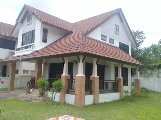 5 Bedroom Large House. Secure Village Location.