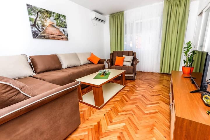Apartment Little Paradise - In the city center