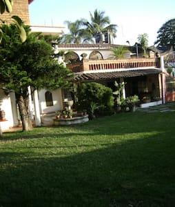 Habitacion amueblada Cuautla - Cuautla - Hus