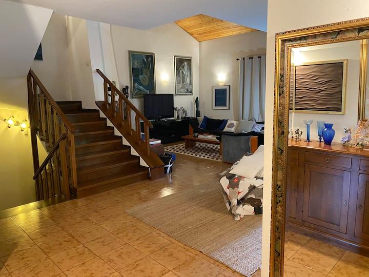Exclusive Seafront Villa 240 smq, garden 600 sqm