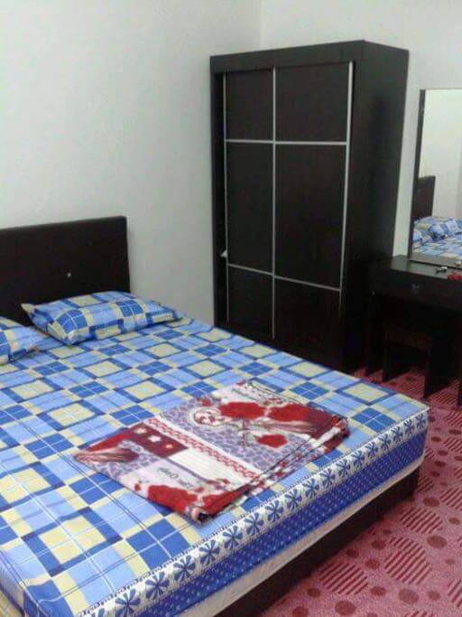 bilik 3 (katil queen)