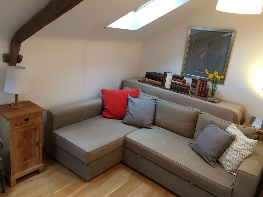 'Salon Snug' Guest's private living room