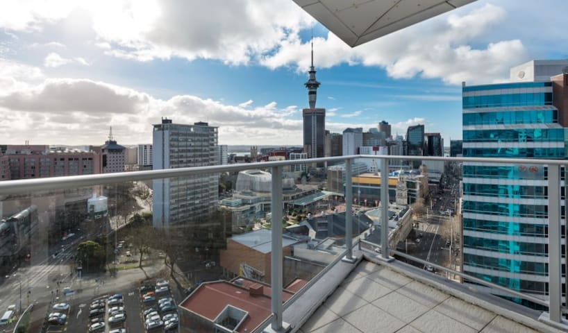 Penthouse 2 bed apartment in the middle of town - Auckland - Lägenhet