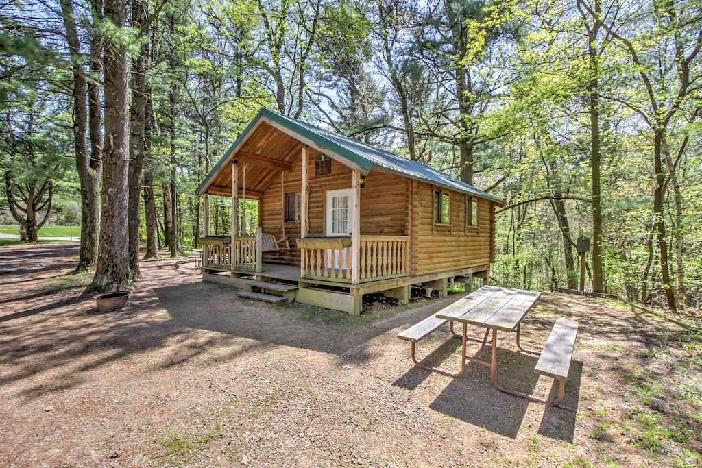 New 1br Wisconsin Dells 6 Sleeper Chalet Cabins For