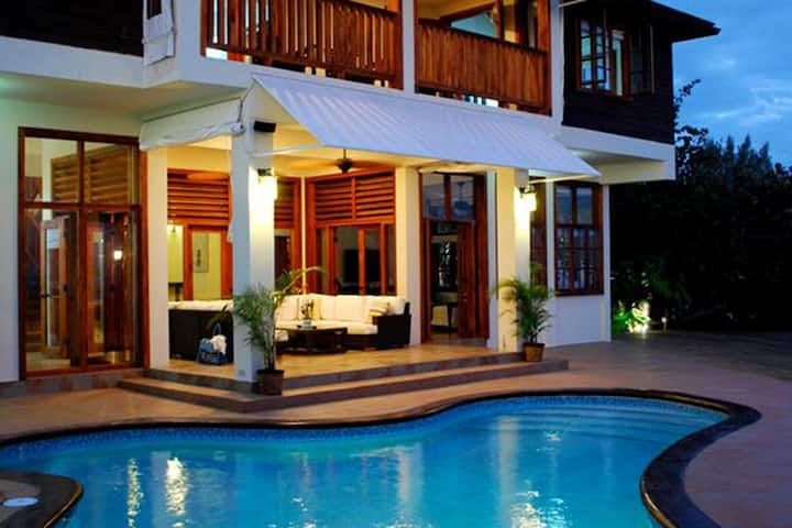 SurMer Seaside Luxury Villa with Private Pool