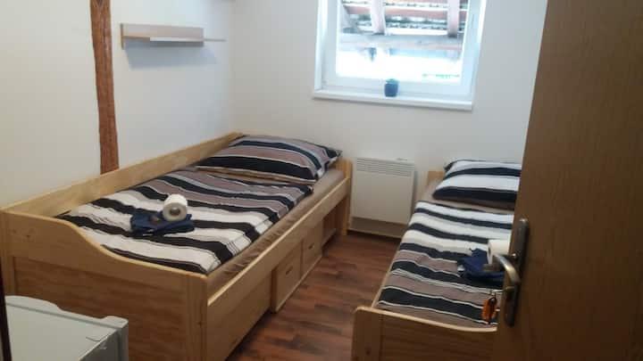 Černá kočka - Low cost ubytování 2