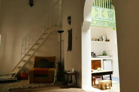 Dar Benjelloun skylight apartment - Fez - Apartamento