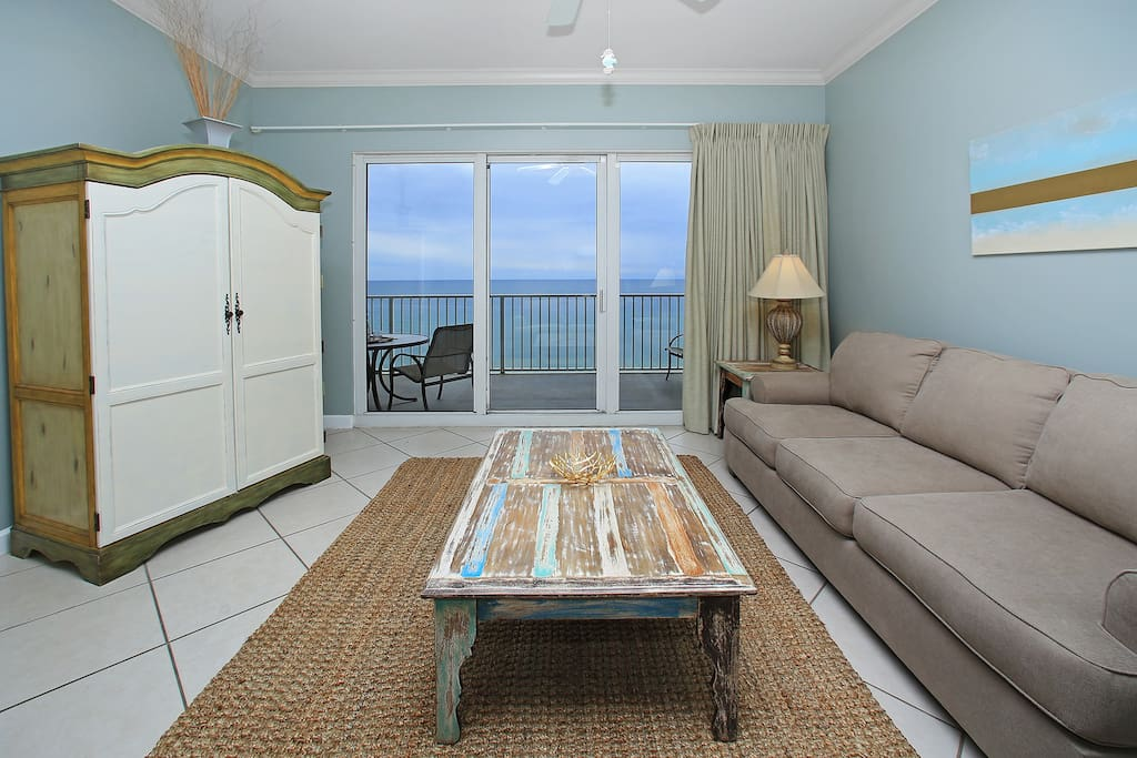 Balcony,Indoors,Room,Furniture,Chair