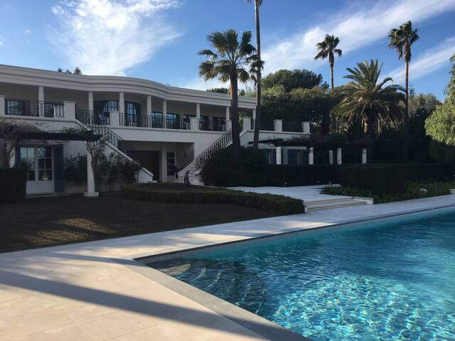 Luxury villa on Cap d'Antibes - Antibes