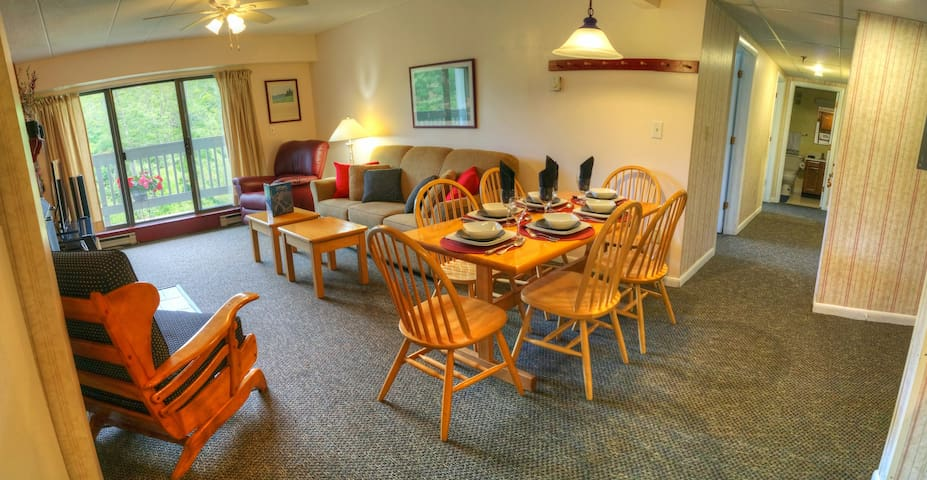 Luxury resort condo, walk to Kill. Mt., best views - Killington - Apto. en complejo residencial