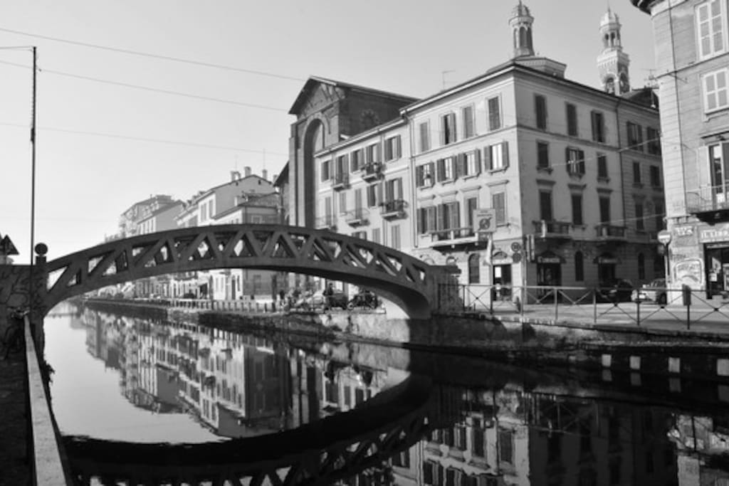 downstairs ... the bridge of Naviglio