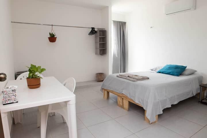CasaLyra,Hab#2,entrada indpnt,baño privado,terraza