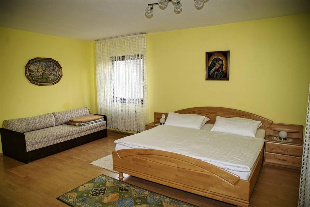 25 m² Schlafzimmermit Doppelbett