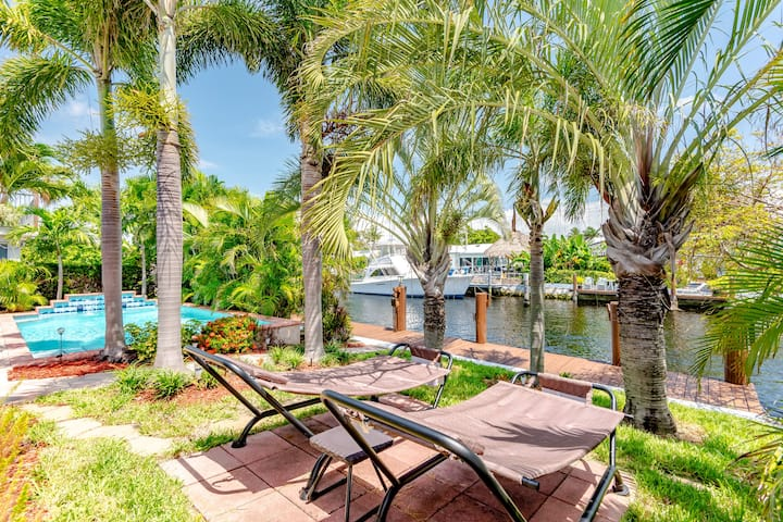 Tropical Oasis close to all South Florida offers!
