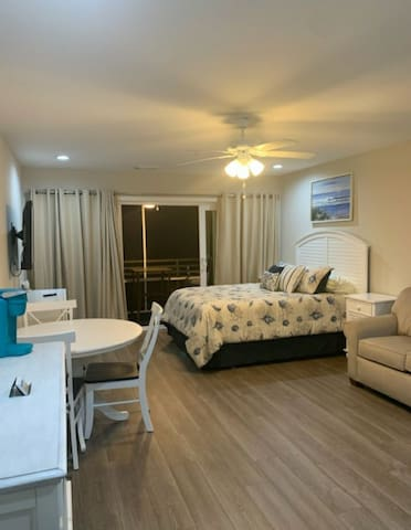 Brand New Studio Condo in Ocean Creek Resort