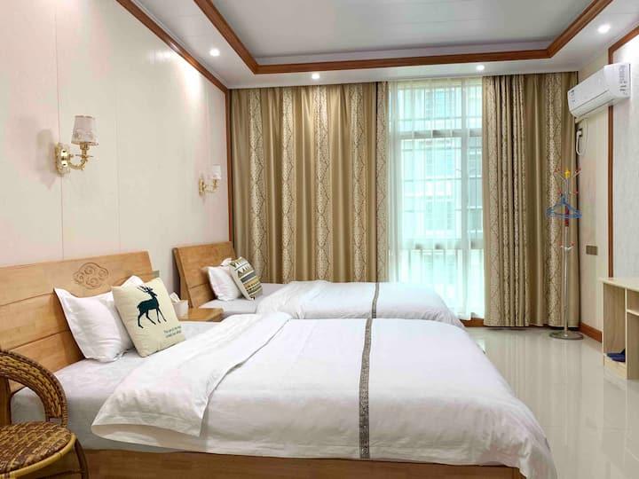 南岳衡山豪华舒适家庭套房四人间  双床 包接送