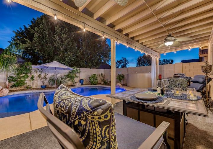 Sunny Heated Pool & Lush backyard home