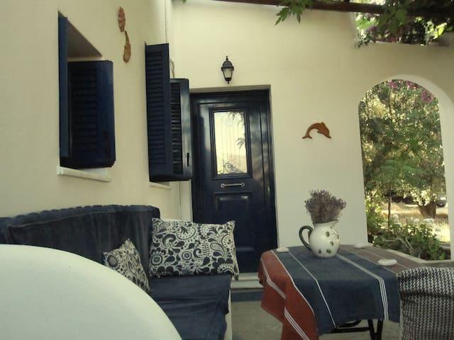 Aspous - Traditional house