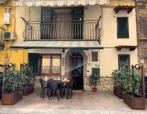 San Gennaro House (CENTRO STORICO)