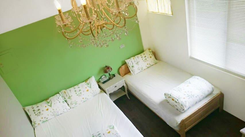 [福隆海邊舒適住宿]五人套房-301