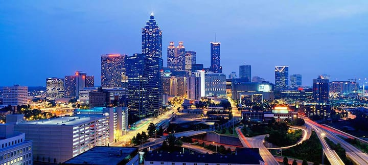 Luxury Atlanta apartment - 6 miles from Airport