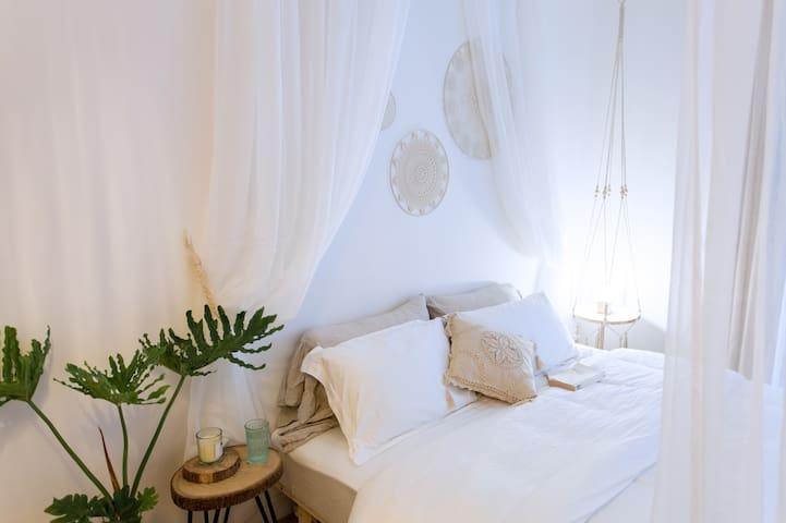 卧室 温馨舒适大床