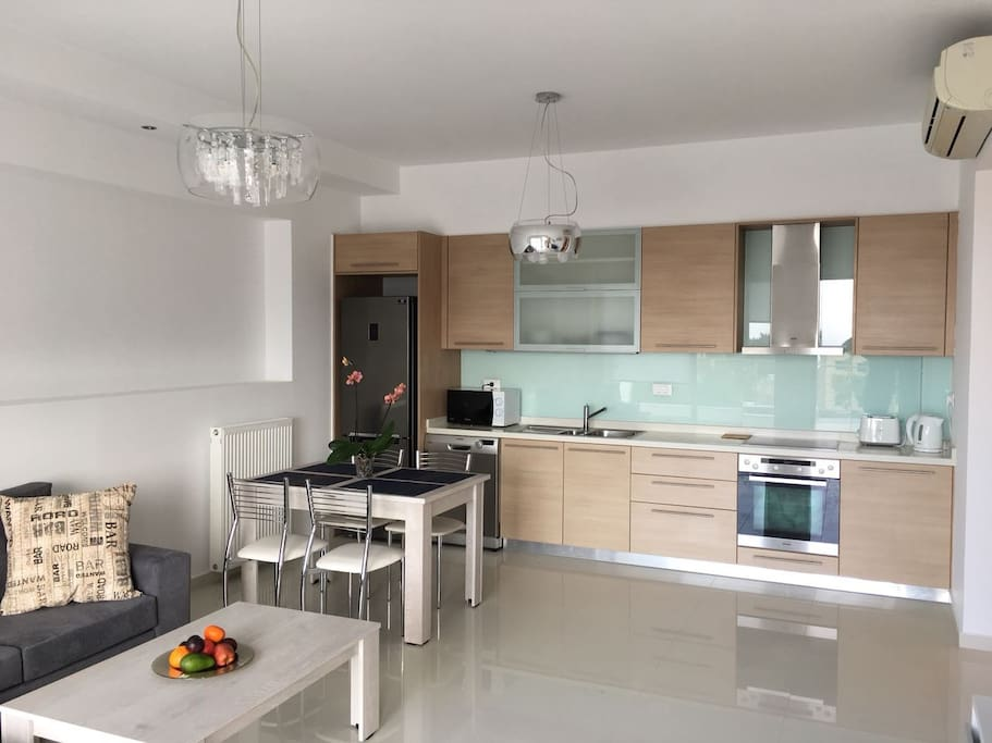 Kitchen and chilling area