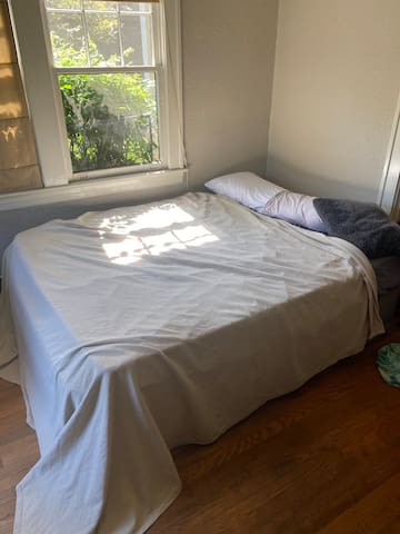The Dining Room Airbed