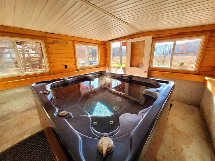 Mz Private Pool Indoor Hot Tub Wood Burning Fireplace Renovated Houses For Rent In East Stroudsburg Pennsylvania United States