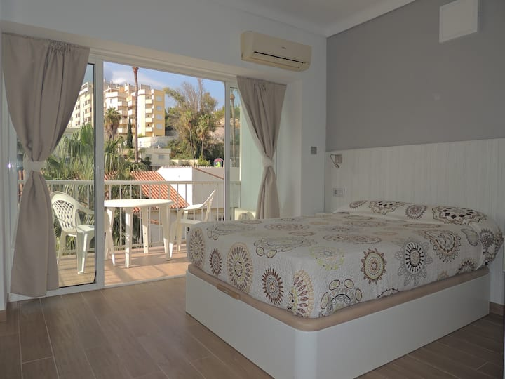 Carihuela Palace Studio apartment 417