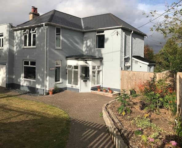 Fabulous family house with coastal vibe