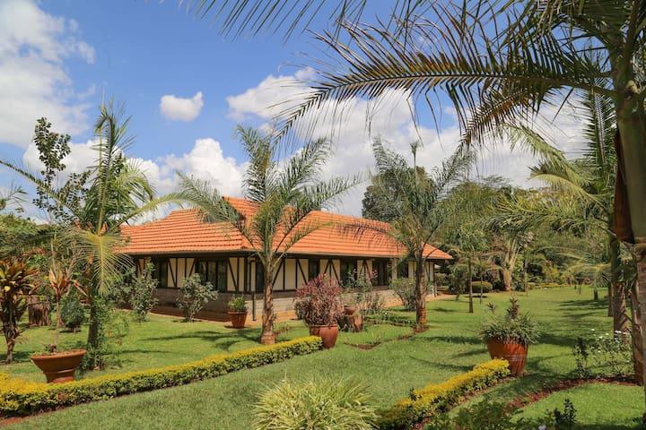 Luxurious and tranquil 5 bedroom villa, Karen