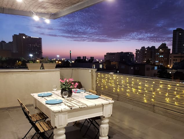♛ Royal Penthouse 1BR Rooftop + Sea-View Terrace ♛