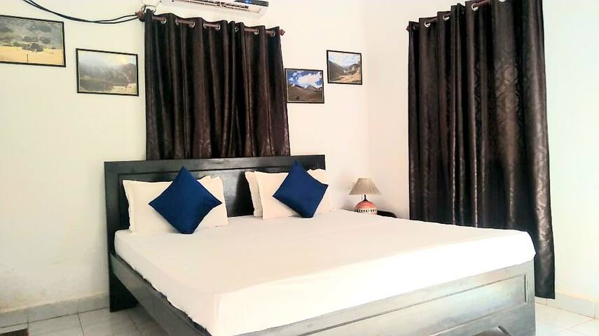 2Bhk independent beach house in candolim