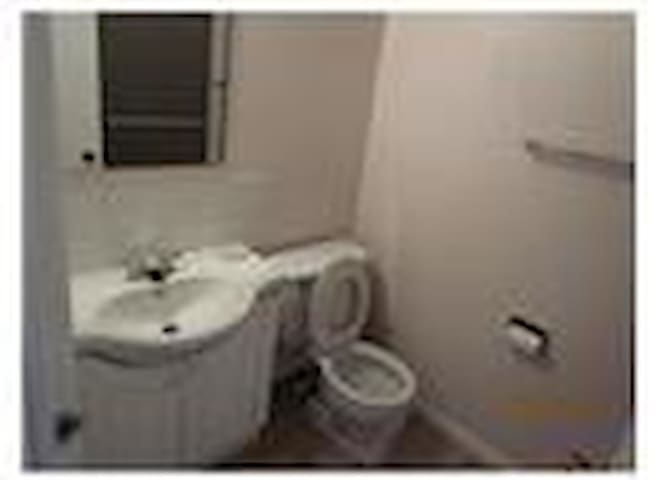 convenient to go anywhere - White Rock - Appartement