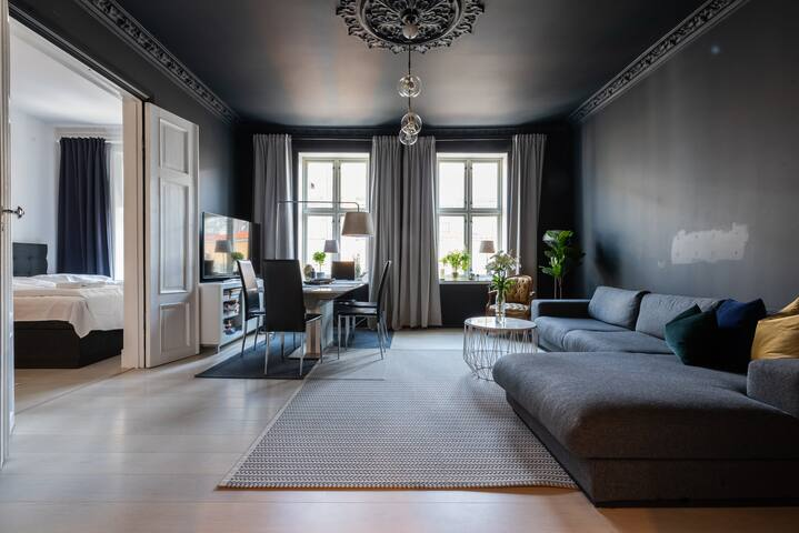Karl Johan 5min walk| Newly redecorated| 6 Guests