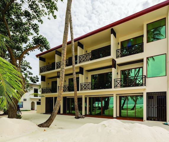 Canopus Retreat Thulusdhoo Ocean View Rooms - Thulusdhoo - Guesthouse