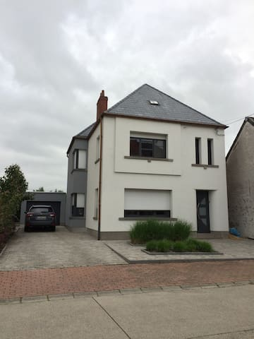 Family house - Sint-Lievens-Houtem - Dom